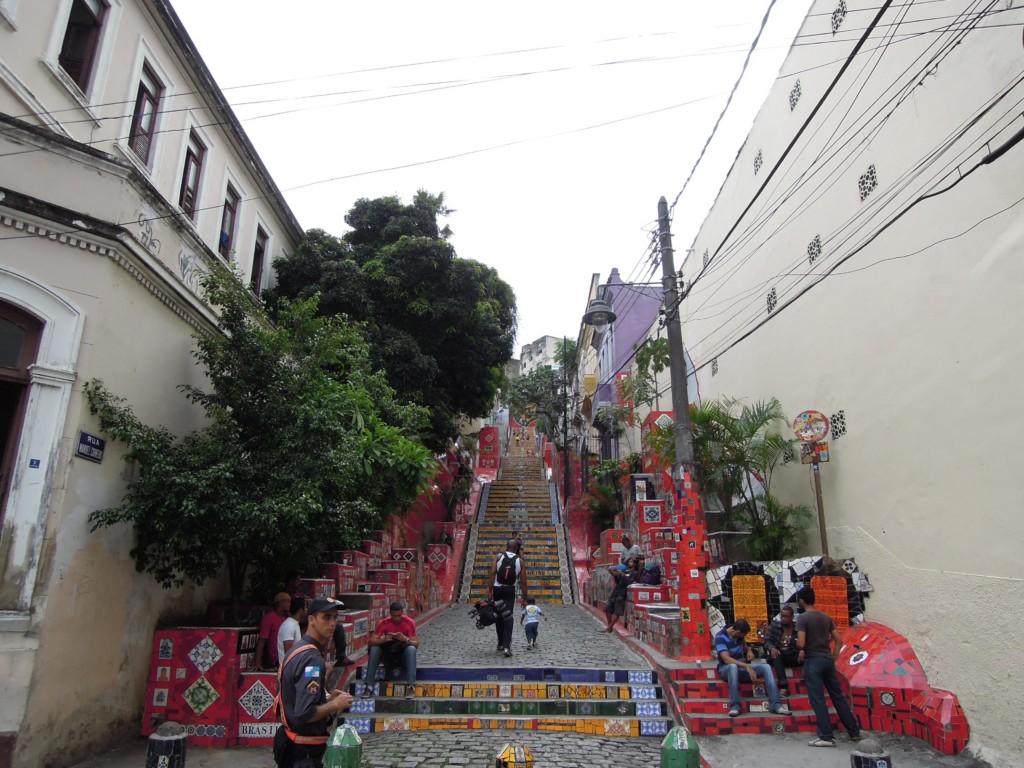 Słynne schody artysty Jorge Salarona, na których znaleziono go niedawno martwego, Lapa, Rio de Janeiro, fot. M. Lehrmann