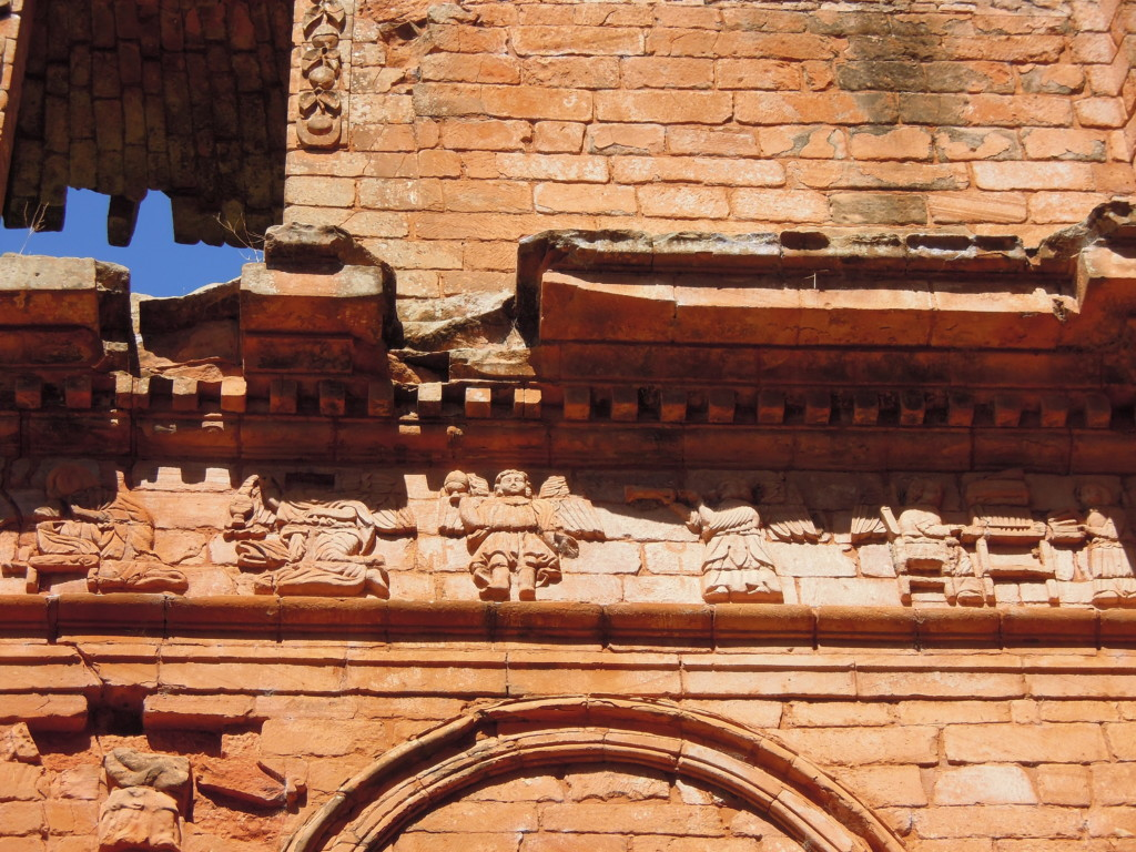 Muzykalne anioły w ruinach kościoła, Trinidad, fot. M. Lehrmann