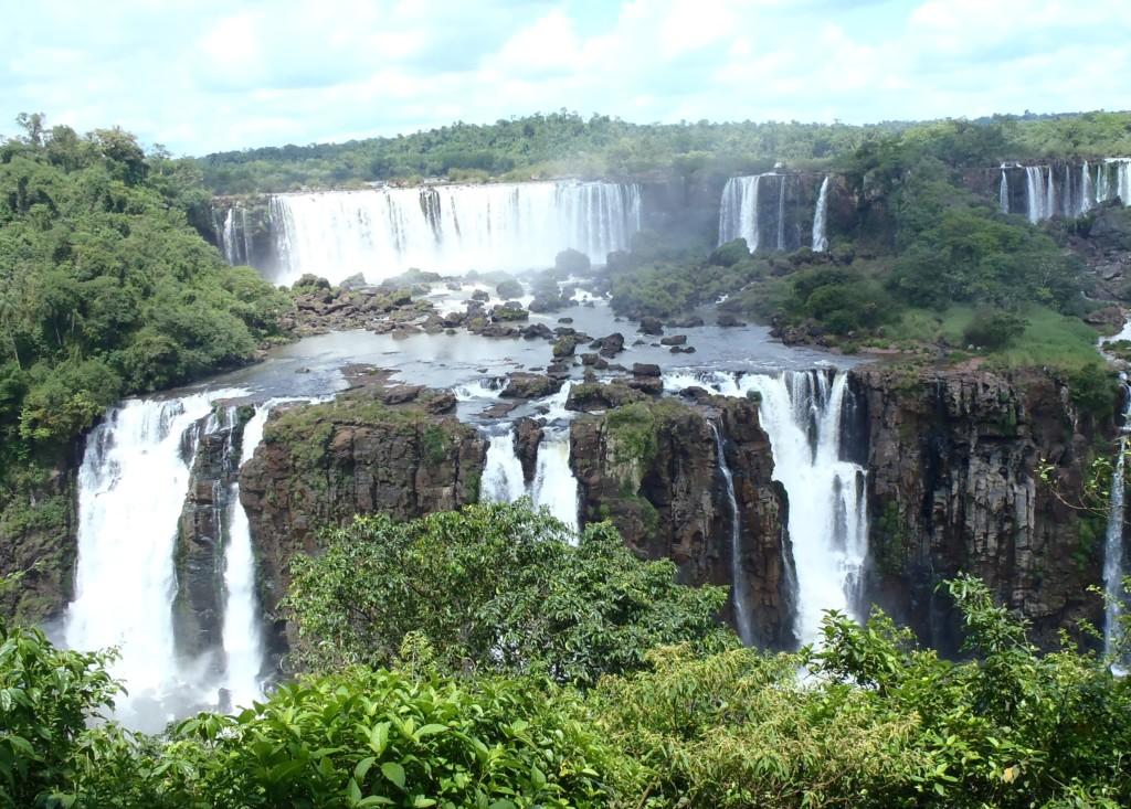 Wodospady Iguazu, jeden z siedmiu naturalnych cudów świata, fot. Elien Gysen